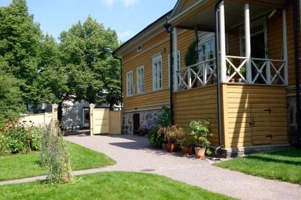 Runebergs hus i Empirestil från 1840-talet.